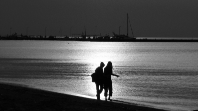 Συζητώντας στην βόλτα